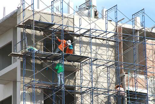 Lắp dựng và thi công giàn giáo an toàn